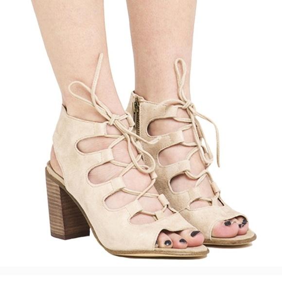 8ba3733919a Steve Madden Nilunda suede lace up sandals